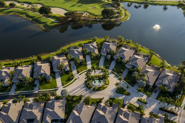 retirement-village-in-florida